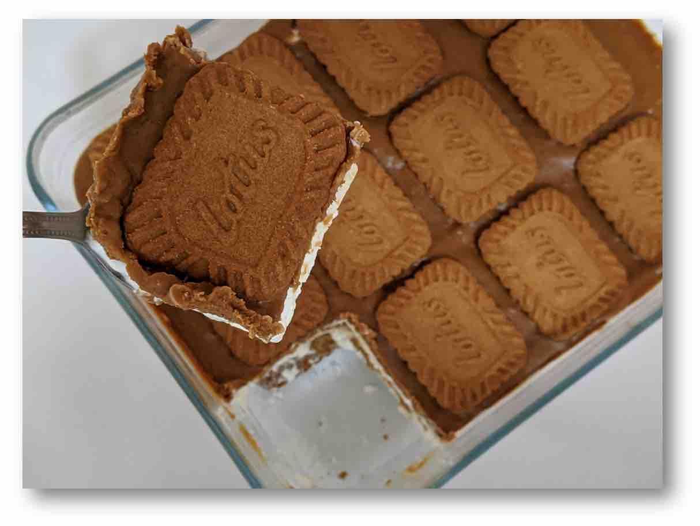עוגת לוטוס – משגעת ב10 דקות
