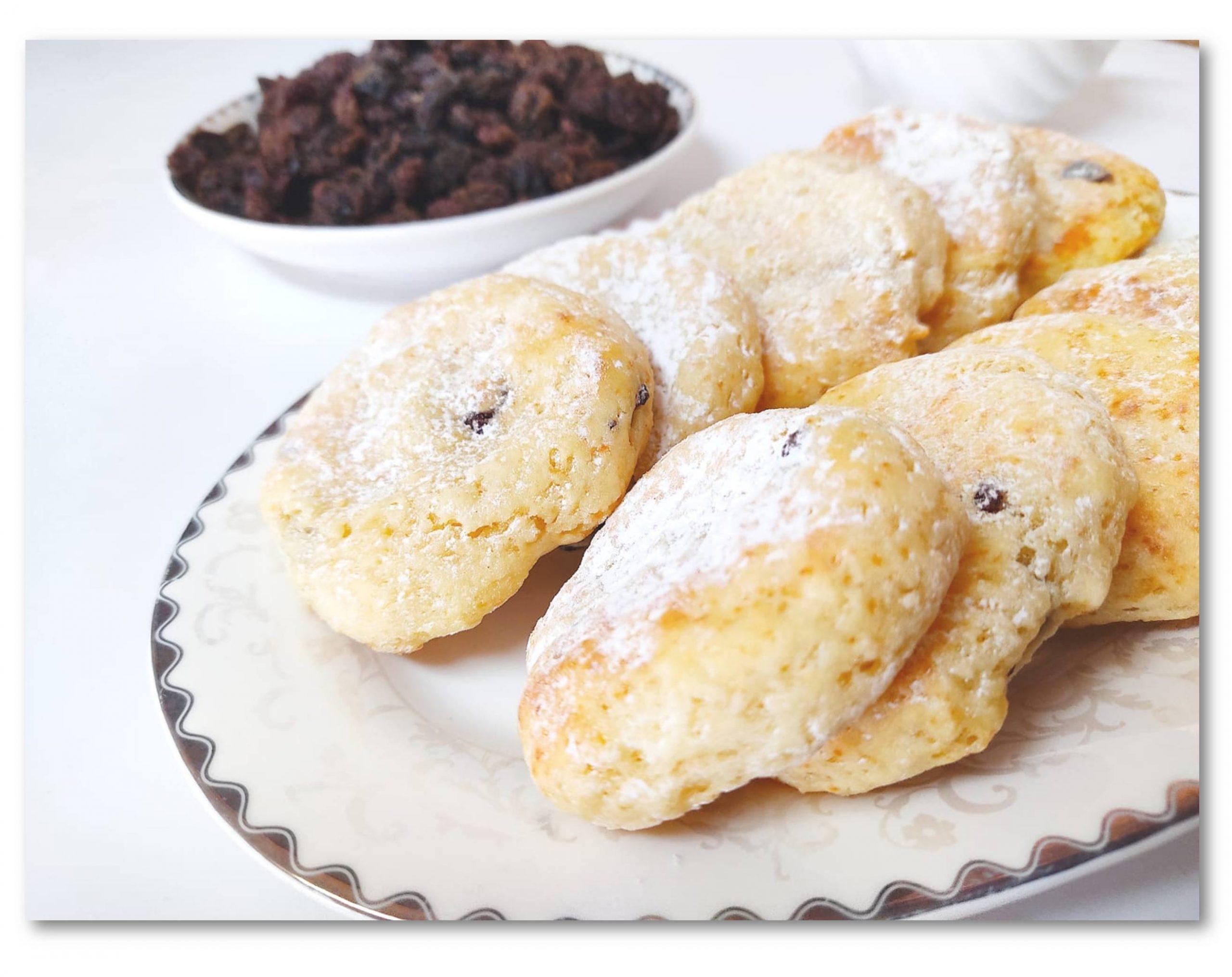 עוגיות גבינה וצימוקים